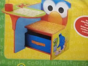 Kids desk for Sale in Norfolk, VA