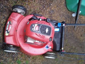7.0 hp Toro recycler self propelled lawnmower for Sale in Tacoma, WA