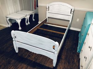 Vintage Twin Size Wood Bed Frame Rustic White Wood Shabby Chic for Sale in Tampa, FL
