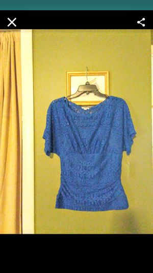 Blue top for Sale in Springfield, MA