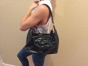 Authentic Coach signature patent leather hobo bag for Sale in Downers Grove, IL