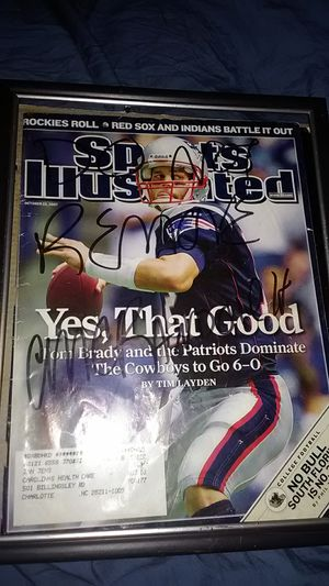 NEW ENGLAND PATRIOTS QB TOM BRADY ON SPORTS ILLUSTRATED FRONT COVER for Sale in Langhorne, PA