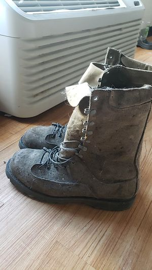 Steel toe work boots size 10 for Sale in Orlando, FL