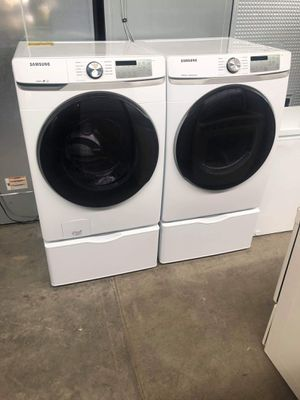 New Samsung washer and dryer set with pedestals for Sale in Montclair, CA