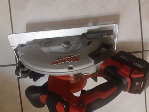 """Milwaukee m18 brushless 7-1/4"""" circular saw with battery for Sale in San Jose, CA"""