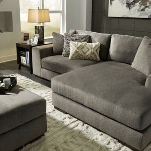 Ashley Furniture Modern Gray Sectional With Storage Ottoman for Sale in San Diego, CA