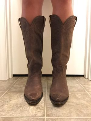 """Shyanne 15"""" women's cowgirl boots for Sale in Aloha, OR"""