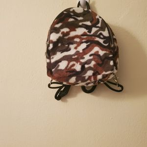 Ladies Camouflage Backpack for Sale in Oakland Park, FL