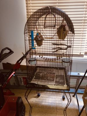 Large free standing bird cage with wheels for Sale in Shelby Charter Township, MI