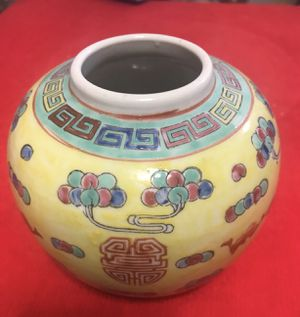 Chinese antique porcelain collection for Sale in Diamond Bar, CA