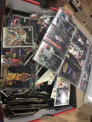 Vintage, Topps, Fleer, Upper Deck Baseball/Basketball Collectible cards for Sale in Stone Mountain, GA