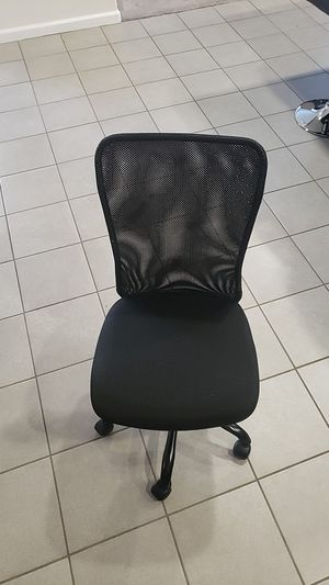 Rolling Computer Desk Chair for Sale in Beaumont, CA