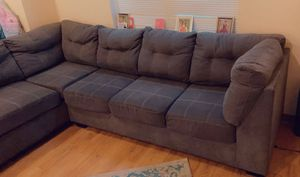Sectional couch for sell 400 the lowest 375cash only no checks for Sale in Philadelphia, PA