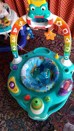 Evenflo ExerSaucer Bounce and Learn Sweet Tea for Sale in Antioch, CA