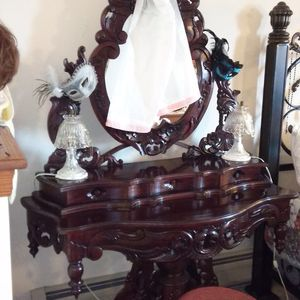 Antique Hand Carved Vanity Table for Sale in Linden, PA