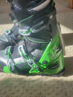 Apex Ski Snowboard Snowmobile Boots for Sale in Batavia,  IL