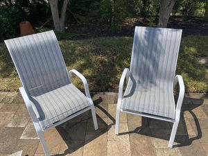 Powder Coated Aluminum Outdoor furniture set. 4 chairs, 1 round table, 2 lounge chairs for Sale in Fort Lauderdale, FL