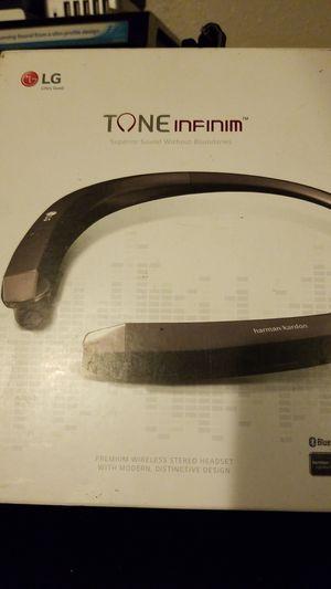 LG Tone infinim HBS910 headphones for Sale in Inglewood, CA
