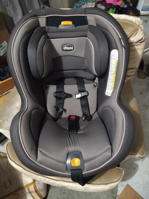Chicco Nextfit Convertible Car Seat for Sale in Spring Hill, FL