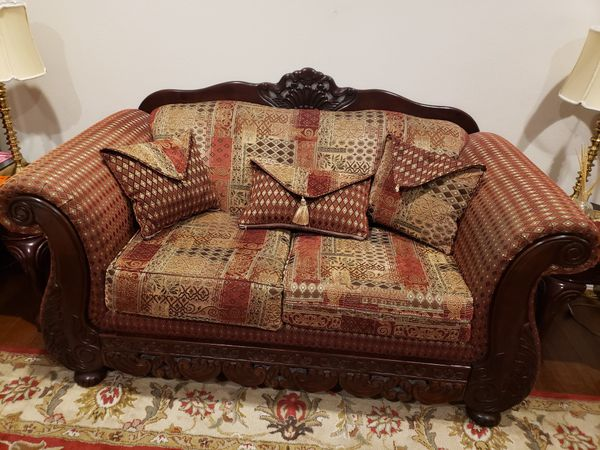 Sofa sets with coffee table, 2 end tables and 2 lamps