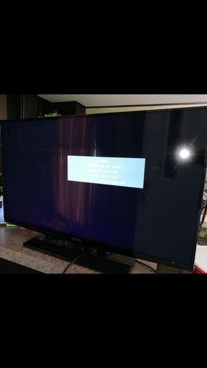 """39"""" flatscreen tv insignia like new comes with roku box no remotes asking 140 for Sale in Houston, TX"""