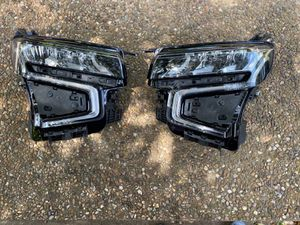2021 Chevy Tahoe headlights OEM for Sale in Dallas, TX