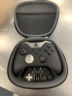 Xbox one elite controller for Sale in Chicago, IL