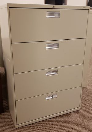 4 Drawer HON Lateral File Cabinet for Sale in Corinth, TX