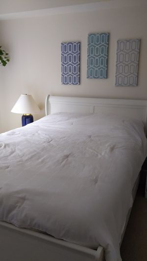 Queen Bed set from Ashley's (includes frame, mattress, box spring) for Sale in Concord, CA
