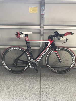 """Tri bike Specialized shiv """"Size"""" (MEDIUM!!!!) with shimano ultegra di2 / zipp 60 wheels. No dents no cracks for Sale in Spring Valley, CA"""