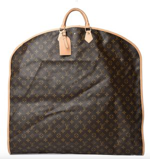 Louis Vuitton Authentic Garment Bag Cover Luggage for Sale in Las Vegas, NV