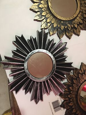 SET OF 4 GOLD&SILVER DECORATIVE MIRRORS for Sale in New Castle, DE