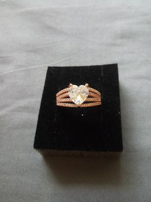 Size 10 heart ring e for Sale in Cedar Rapids, IA