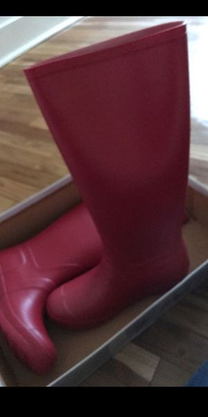 Rain boots never worn !!!! for Sale in Cincinnati, OH