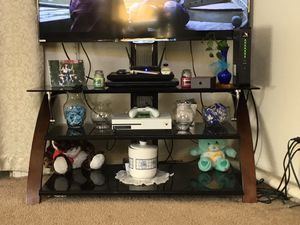 Tv stand for Sale in Davenport, IA