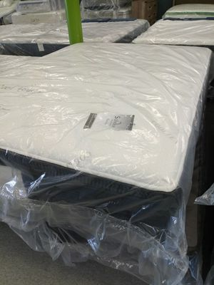 14 inch cool touch pillow top mattress 50 down same day delivery for Sale in Grove City, OH