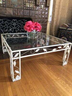 Reduced!!Decorative Glass Coffee Table & End Table for Sale in Downey, CA