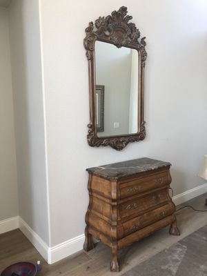 Marble Top Chest with Mirror and matching Marble lamp for Sale in Las Vegas, NV