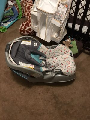 Car seat for Sale in Silver Springs, FL