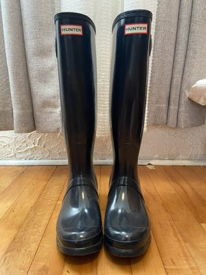 BRAND NEW Sz 8 hunter rain boots for Sale in New Orleans, LA