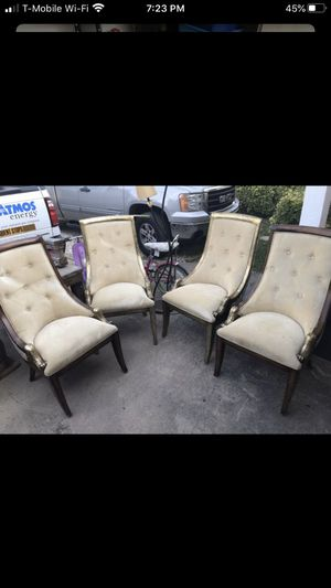 ANTIQUE DINING ROOM TABLE SET for Sale in Garland, TX