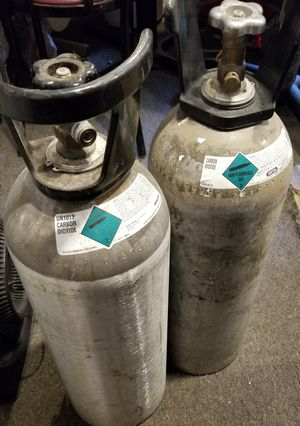 Co2 tanks 20# carbon dioxide for Sale in Sumner, WA