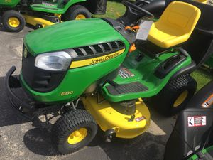 John Deere Lawn Riding Mower for Sale in Argyle, MO