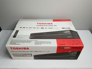 Toshiba DVR620 DVD Recorder VHS VCR for Sale in Sterling, VA