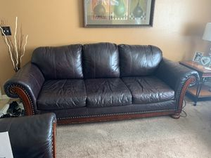 A sofa and a love seat plus 2 end table for Sale in Tampa, FL
