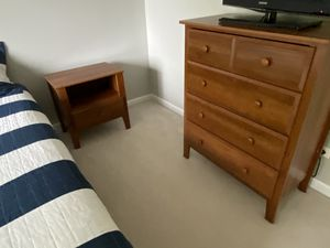 Bedroom set: dresser, book shelf, side table, desk for Sale in Naperville, IL