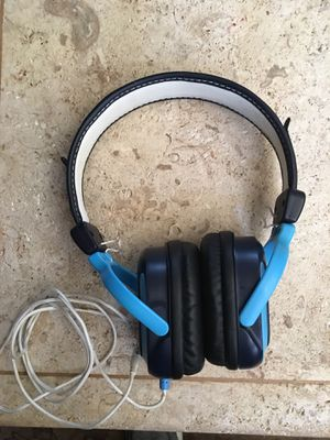 Skullcandy wired headphones for Sale in Huntington Beach, CA