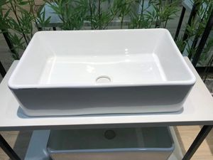 3320-Farmhouse Kitchen Sink White Porcelain Ceramic for Sale in Montclair, CA