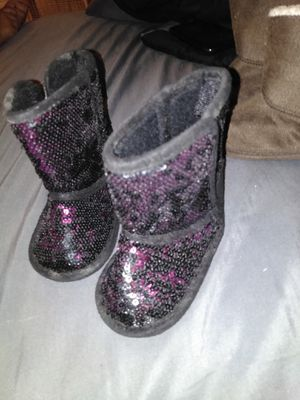 Baby girl boots for Sale in Lewisburg, TN