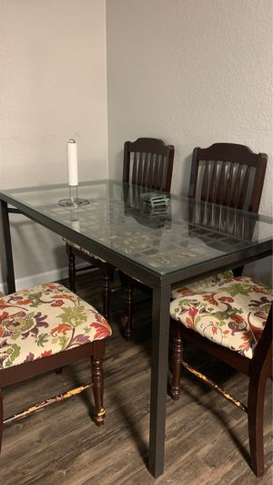 Kitchen table for Sale in Sacramento, CA